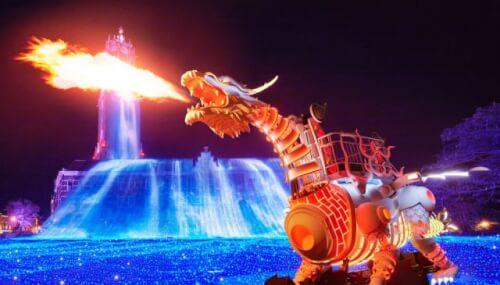 光のロボットドラゴンショー
